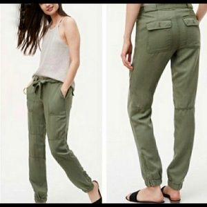 LOFT Green Jogger Pants Sz 2 Petite